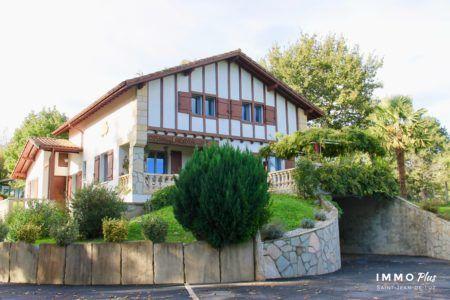 IMMO PLUS agence immobilière propose des maisons au Pays basque